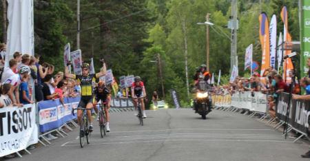 FIKSA BIFFEN: Filip Eidsheim fra Team Fixit.no tok seieren i gårsdagens NorgesCup. Foto: NCF