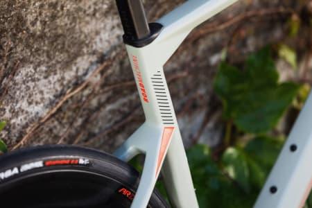 NY ROADMACHINE: Sykkelen som satte landeveisverdenen på hodet i 2017 kommer allerede nå i andre generasjon. Foto: HD Pictures © BMC / Jérémie Reuiller