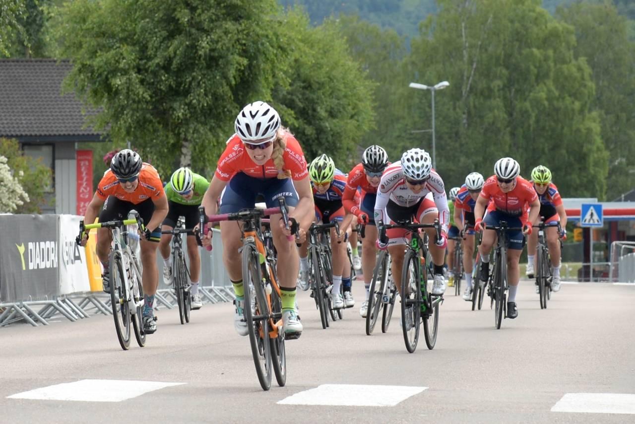 SPURTSEIER: Stine Borgli tok siste stikk i damenes Tour de Hallingdal. Foto: Kent Murdoch