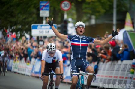 GULLGUTT: Franske Benoit Cosnefroy er årets verdensmester i U23-klassen. Foto: Henrik Alpers.