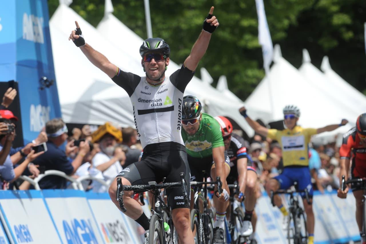 RASK: Mark Cavendish vant den første etappen i Tour de France etter en hektisk spurt. Arkivfoto: Cor Vos