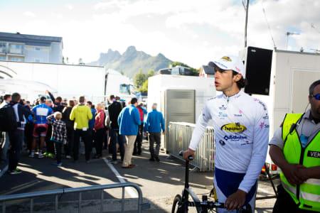 LOSER: No points for second place.  Sander Helven fra TopSport Vlaanderen fikk ungdomstrøya etter Svolvær-etappen, men etter premieutdelingen var det en nordmann som fikk all fokus.