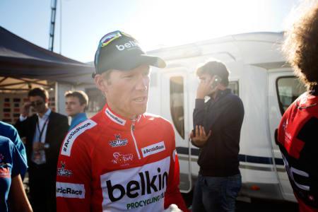 SLO SEG: Lars Petter Nordhaug fikk et ublidt møte med asfalten etter en tunnelpassering.