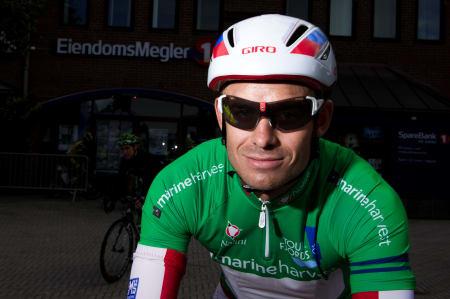 SJEFEN: Alexander Kristoff med sin grønne trøye og aerodynamiske hjelm.