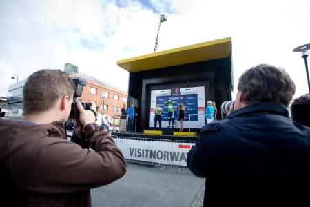 MULTIKUNSTNER: Kenny Van Hummel vant dagens første etappe, og kunne ikle seg opptil flere forskjellige trøyer
