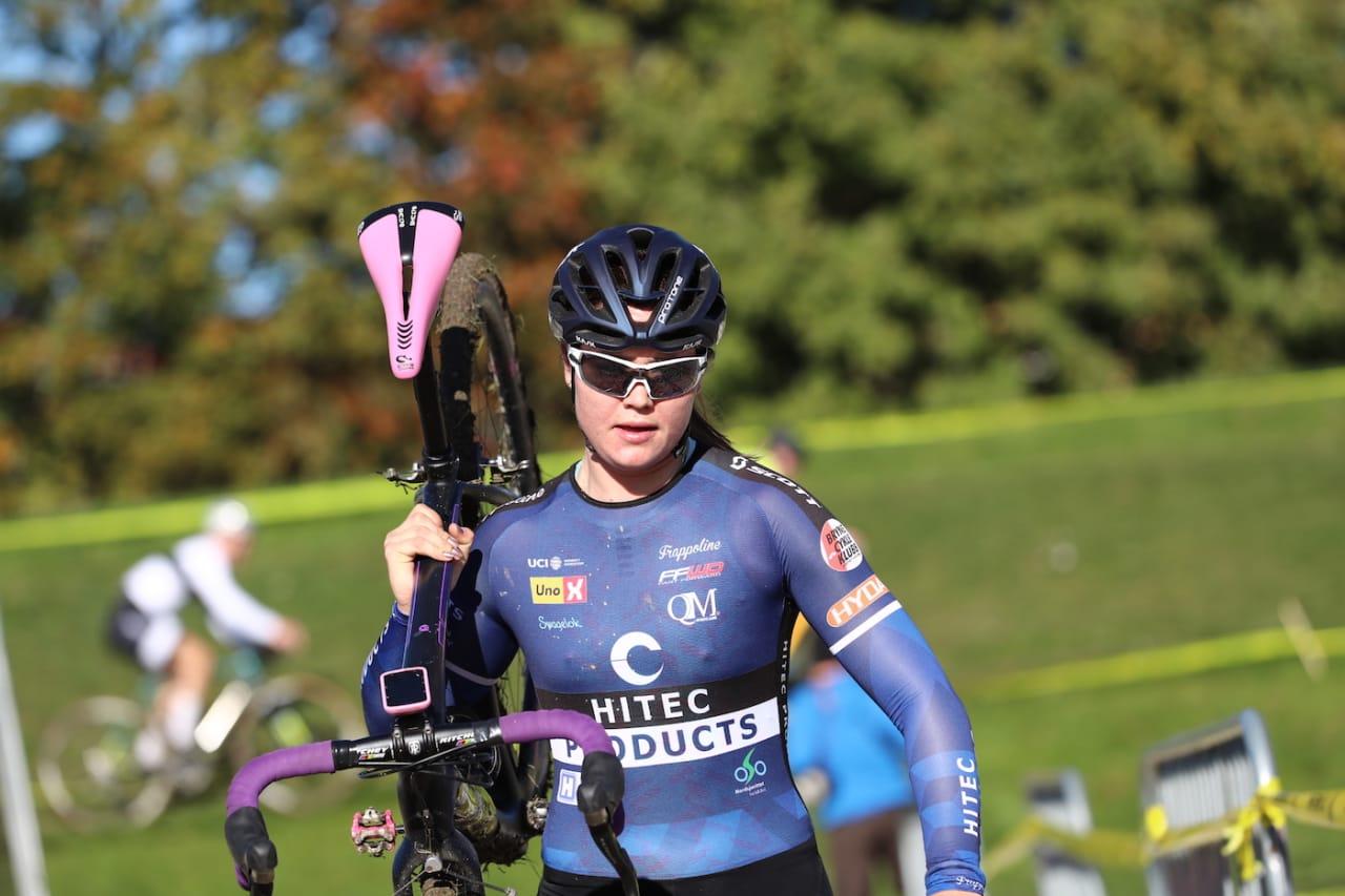 PROFF: Siden 21. august har Line Marie Gulliksen syklet i Hitec-drakta. Foto: Ola Morken