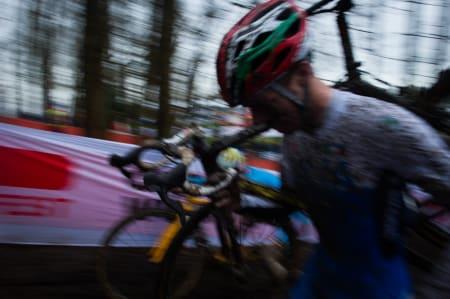 KAOS: Løypene er smale, og det enkleste stedet å komme forbi er stedene hvor du har sykkelen på skulderen.