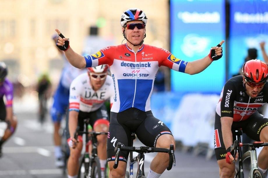 NY SEIER: Fabio Jakobsen tegnet seg for seier på første-etappen av Volta ao Algarve. Foto: Cor Vos.