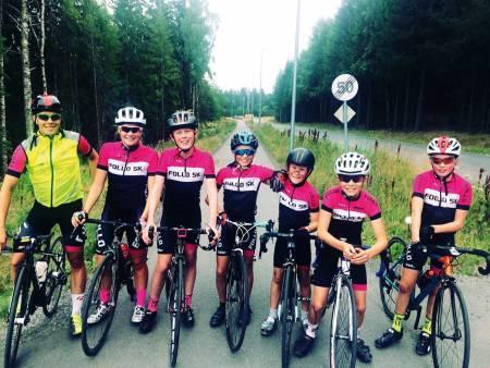 BLI BEDRE: Eller bare ha det veldig morsomt på sykkel. Green Cycling v/ Jonas Orset (t.v.) inviterer. Foto: Privat.