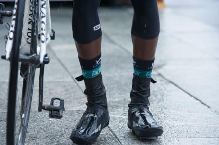 VIRKELIG LANGE: Kevin Reza silte med feltets desidert lengste sokker.
