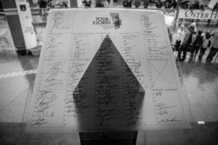 FULLTEGNET: Alle rytterne fikk skrevet seg inn før start.
