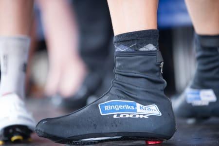 AJAJ! En rytter fra Ringerike stilte med matchende skotrekk, og æhh, sokker fra børsen?