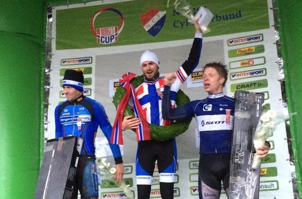 NORGESMESTER I KROSS: Morten Vaeng fra Drammen CK tok gull i tidenes første NM i kross. Foto: NCF