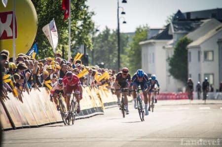 KONGEN OG KRONPRINSENE: Alexander Kristoff vil få tøff konkurranse av Sondre Holst Enger og Kristoffer Halvorsen i Tour des Fjords. Foto: Henrik Alpers/Landevei