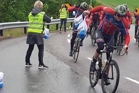 LANGEFORBUD: Det er i år forbudt å lange til ryttere i fart under Styrkeprøven. Foto: Privat/Rye XP