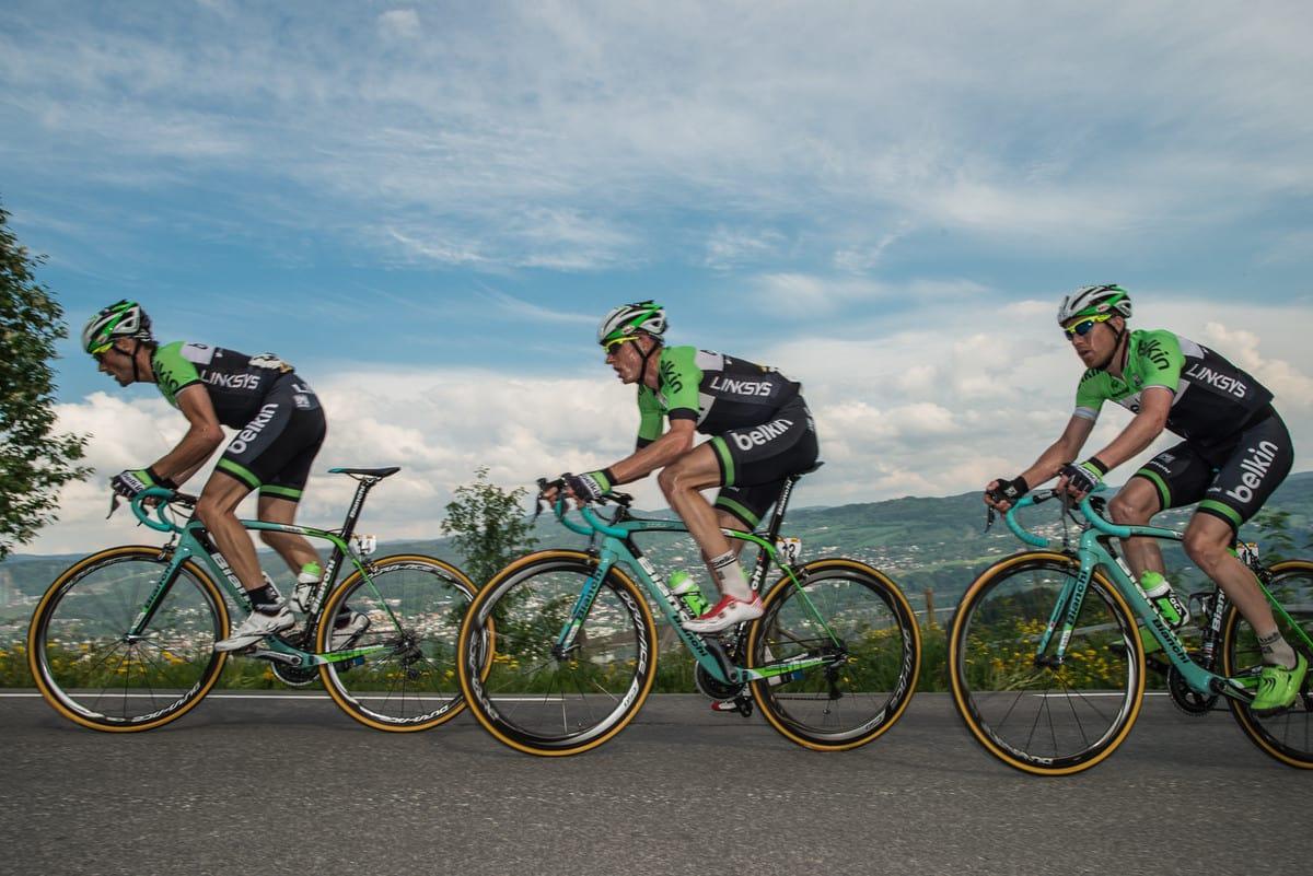 VIL KJØRE PÅ HJEMMEBANE: Lars Petter Nordhaug (bakerst) har satt Tour of Norway på ønskelisten for 2015. Foto: Kåre Dehlie Thorstad.
