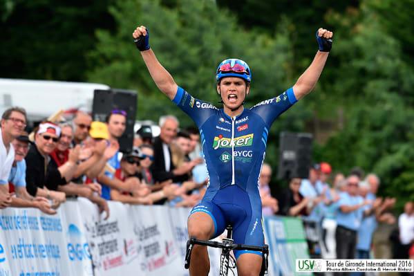 SOLO-SEIER: Amund Grøndahl Jansen kom alene til mål på dagens U23-fellesstart, her fra seieren i Tour de Gironde tidligere i år. Foto: Tour de Gironde