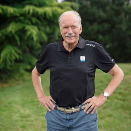 HELE MOROA: TV2 har fulgt hele Tour de France siden 2003. Johan Kaggestad har vært med helt siden da, og kommenterer i år sitt 17. Tour de France. Det er over 100 timer med TV-sendinger på de drøyt tre ukene rittet varer. Foto: Ingeborg Scheve