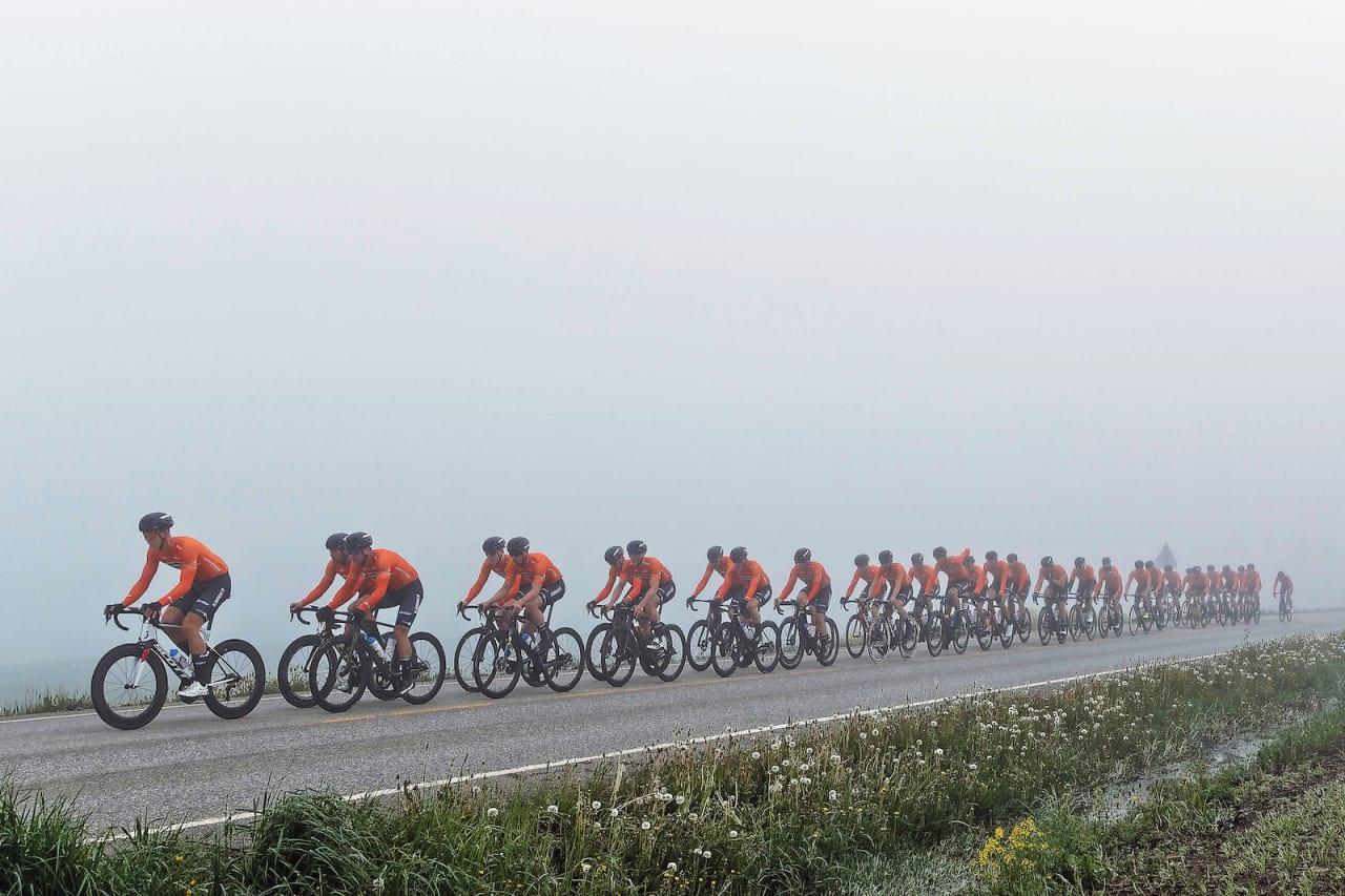 VÄTTERN-KLARE: Kjekkas stiller med 38 mann i troppen til Vätternrundan kommende lørdag. Målet er ny rekord på det 30 mil lange rittet i Sverige, der gjeldende rekord er på 6:33 og satt av et lag med flere World Tour-ryttere i stallen. Foto: Ola Morken