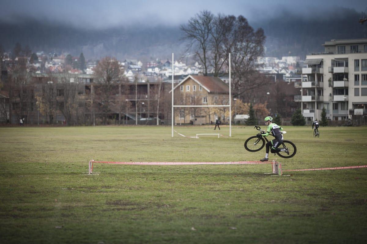 OVERLEGEN: Lars Petter Nordhaug var overlegen under fjorårets Superprestige Voldsløkka. I år skifter serien navn til Superpokal. Foto: Arjan Boldingh.