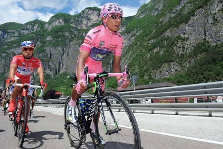 HOPPLA! Quintana vant fjorårets Giro suverent, men ikke uten kontroverser. Foto: Cor Vos.
