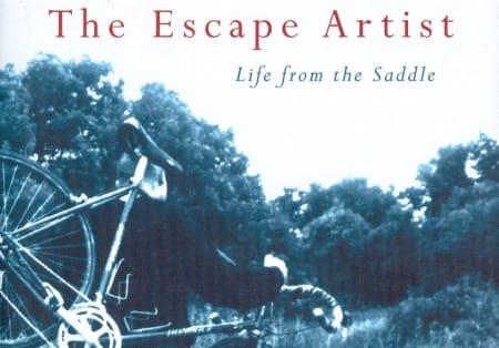 OM DEG OG MEG: The Escape Artist handler om vanlige folk som sykler, akkurat slik som deg og meg. Foto: Forlaget.