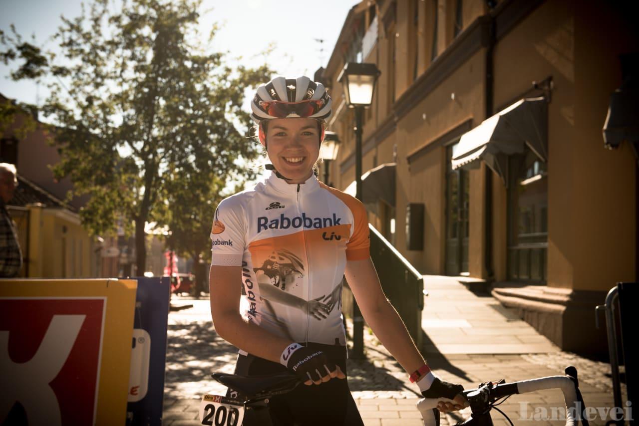 VINNER AV LA COURSE: Anna van der Breggen, vinneren av Tour de France-rittet La Course er nå i Halden.