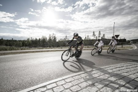 VESTLANDSK: Ole Andre Austevoll, Sverre Lunde Pedersen og Dan Erik Hansen fra Fana IL.