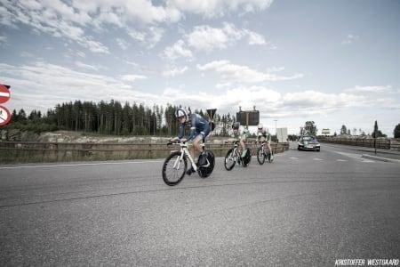 FØRER AN: Oskar Svendsen holder fart i Lillehammertoget.