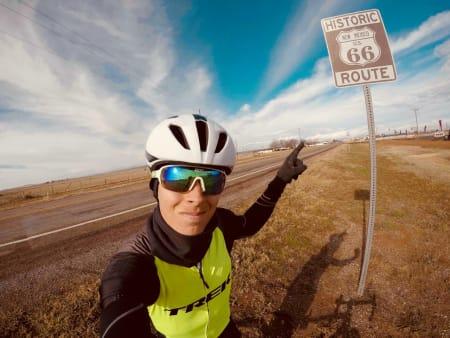 KJENT RUTE: Route 66 er en av de mest ikoniske veiene i USA, og endelig fikk jeg krysset den av på min bøtteliste!