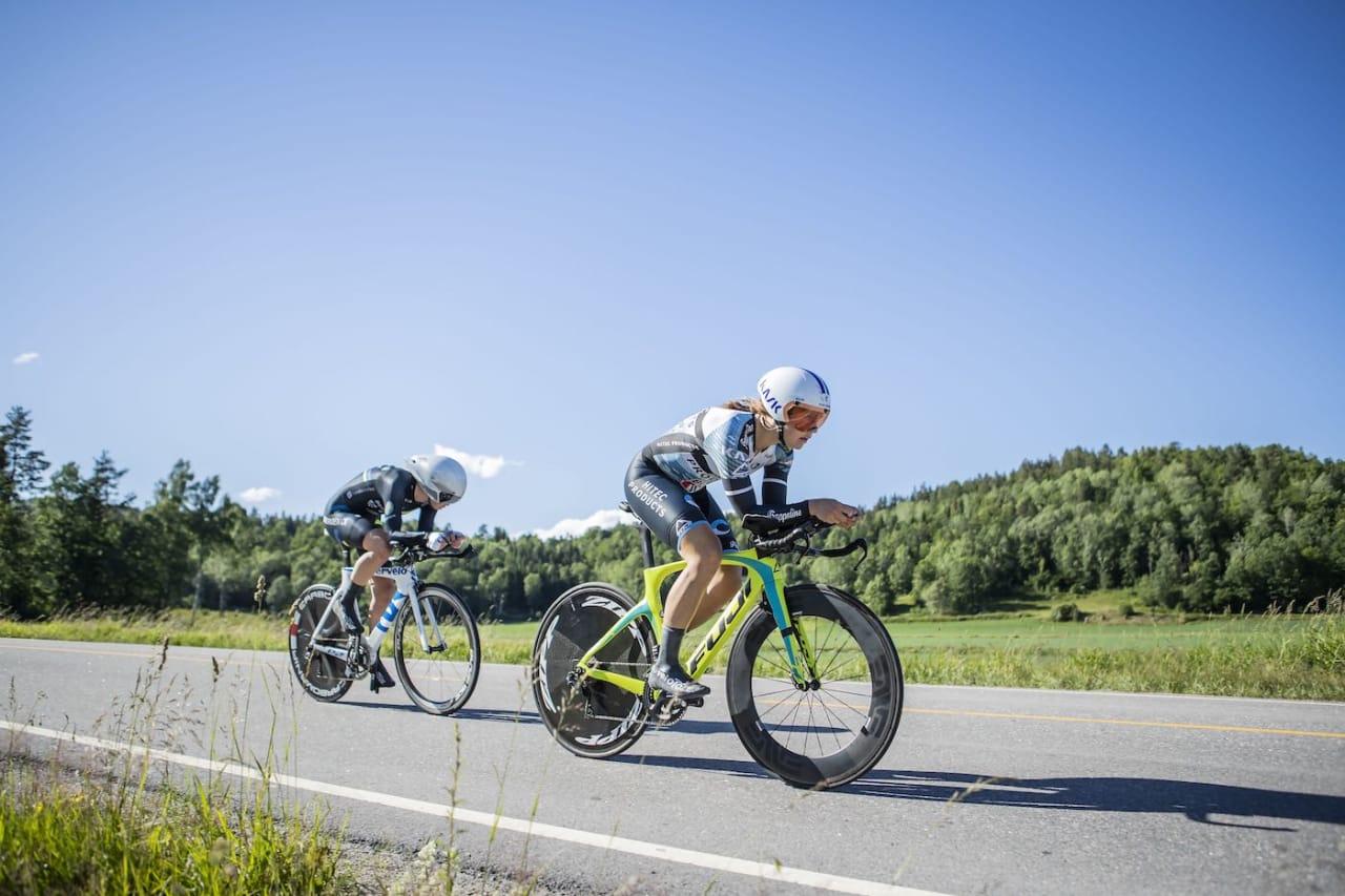 GULL: Damene til Bergen CK vant NM lagtempo i Sandefjord. Foto: Pål Westgaard