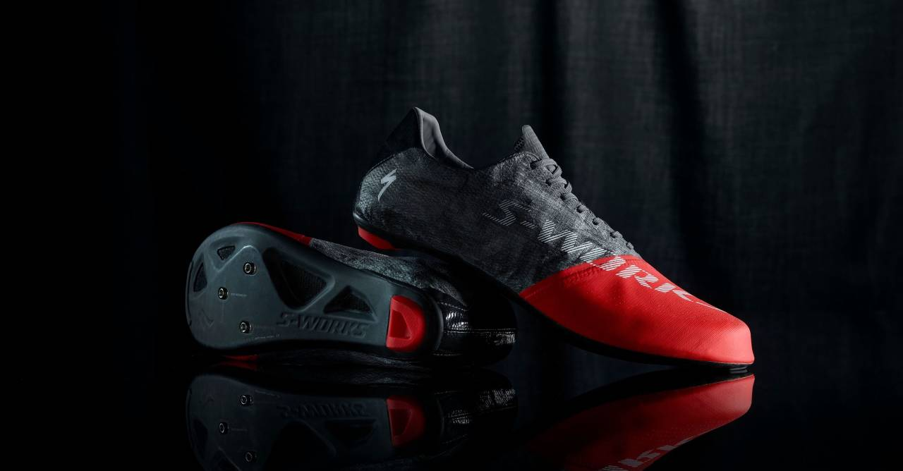 LEKRE, LETTE OG DYRE: Specialized S-Works Exos 99 skal være den første serieproduserte skoen under 100 gram. Foto: Specialized.