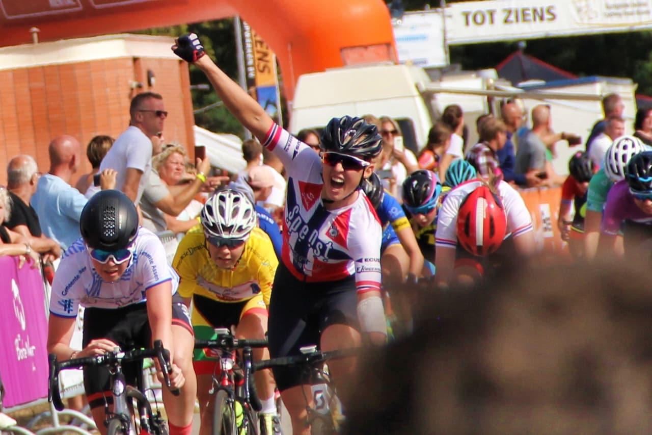 STERK: Silje Mathisen tok etappeseieren på den lengste etappen under Jeugdtour Assen i Nederland. Foto: Bjørn A. Olsen