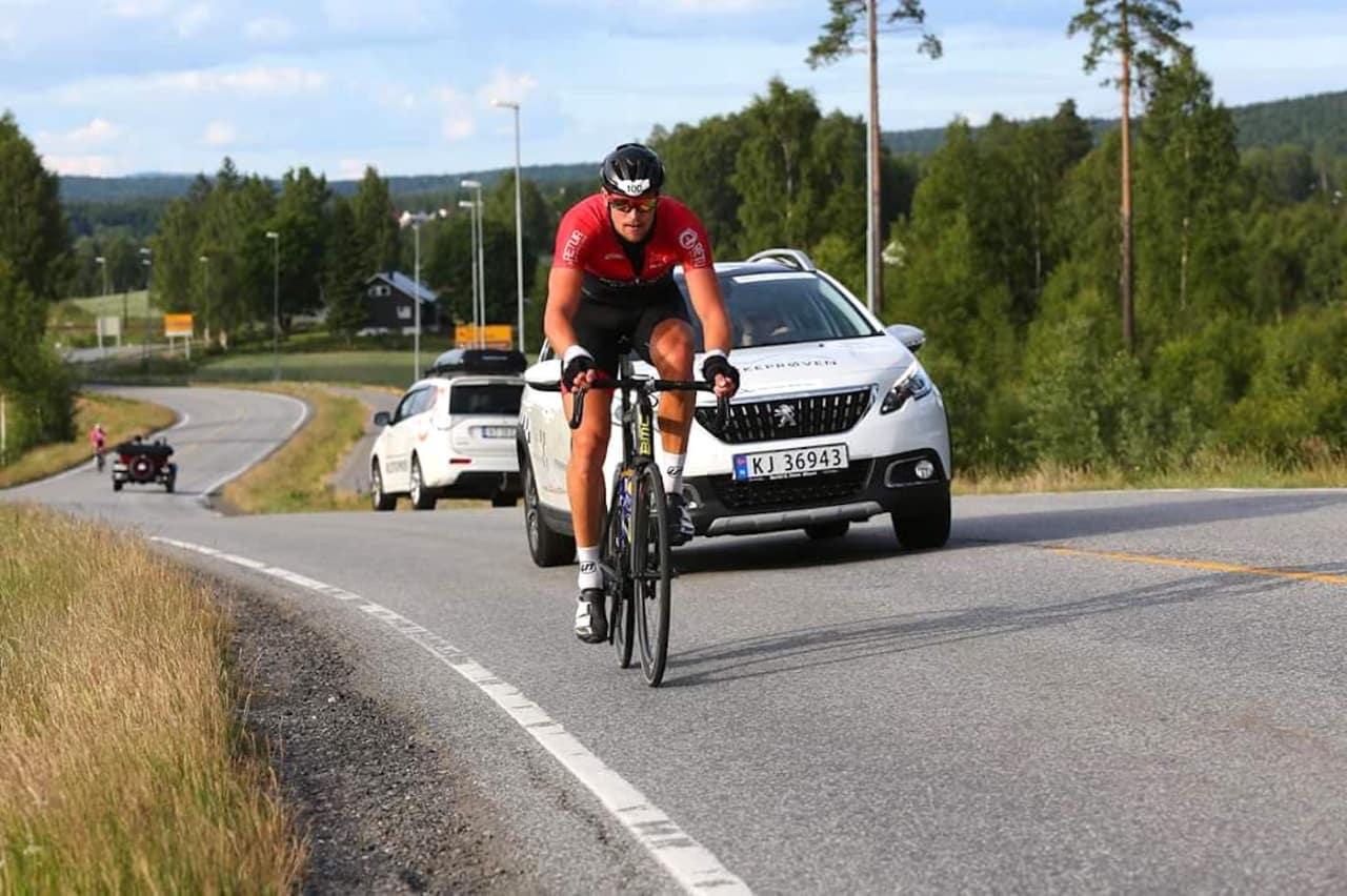 BESTEMT: Da Knut Sande rykket, sørget han for å gjøre det med tilstrekkelig tyngde til at konkurrentene ga opp håpet om å kjøre ham inn. Foto: Bjørn Hytjanstorp