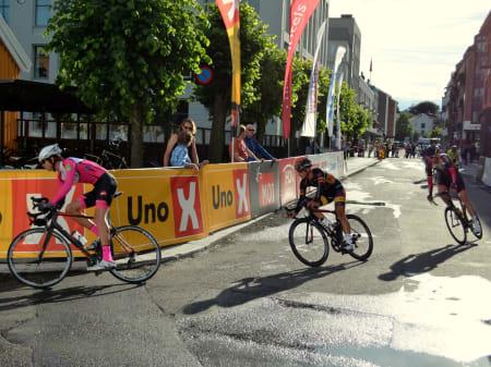 Christian Kaggestad hadde ingen topp dag på sykkelen, selv med bestefar Johan tilstede.