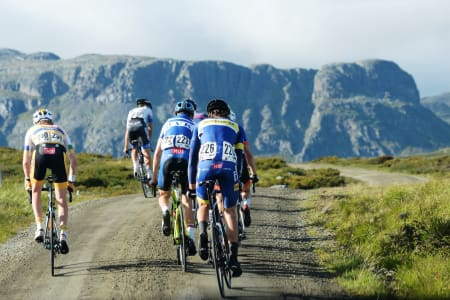 FANITULLVEGEN: Lørdagens fellesstart over Fanitullvegen er tilbake i årets utgave av Tour de Hallingdal, men de to første etappene er nye. Foto: Kent Murdoch
