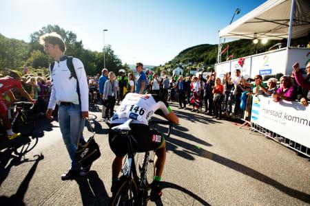 ASKERGUTT: Jo Kogstad Ringheim er fullstendig utkjørt etter den siste etappen.