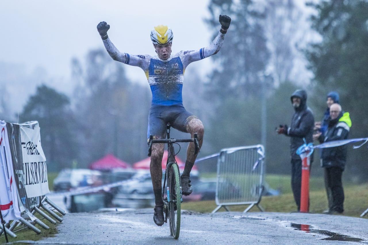 SEIER: Søren Wærenskjold var overlegen på gjørma i Norgescupfinalen i kross. Foto: Pål Westgaard