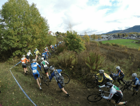 BEINHARDT: Den lange løpebakken i Drammen skilte godt mellom deltagerne. Foto: Torstein Heen.