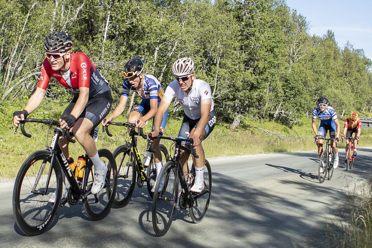 MOTBAKKER: Tour de Hallingdal byr på fire etapper med rikelig høydemeter. Foto: Pål Westgaard