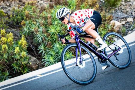 OPP SOM NED: På Gran Canaria går det stort sett rett opp eller rett ned. Artikkelforfatter Caroline Vamnes i en av de mange utforkjøringene.