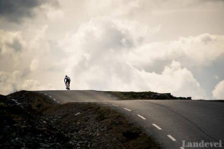 Venabygdsfjellet, sykling i ringebu, sykling i norge, sommerferie i norge, sykkelferie i norge, langturer på sykkel, blandevei, norges flotteste