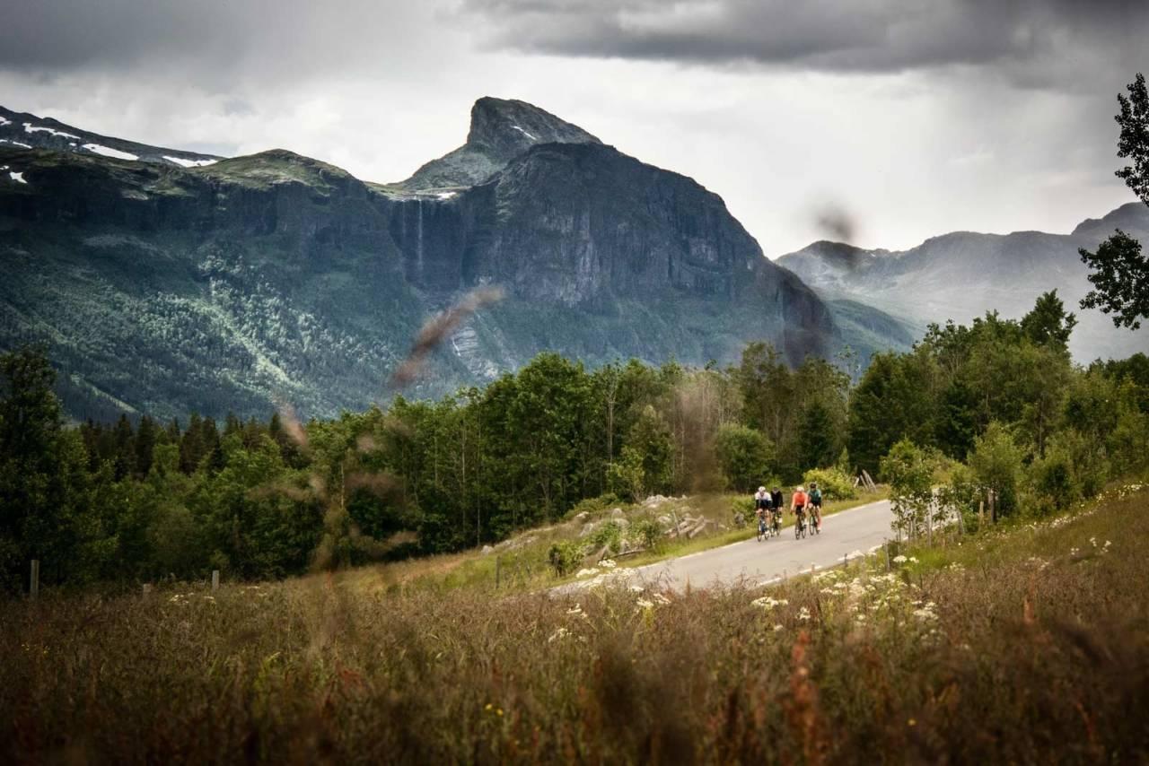 sykling i norge, fanitullvegen, hemsedal, sykle i hemsedal, sommerferie på sykkel, norges flotteste