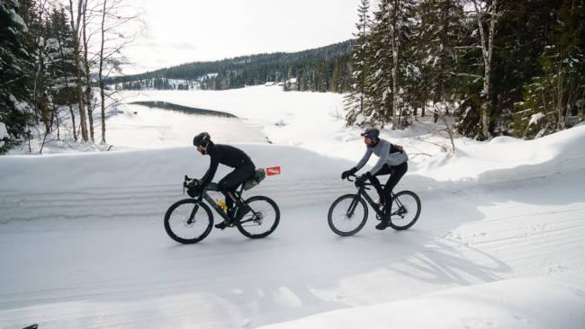 LANGTUR: Lite slår en langtur i Nordmarka på slike vinterdager.