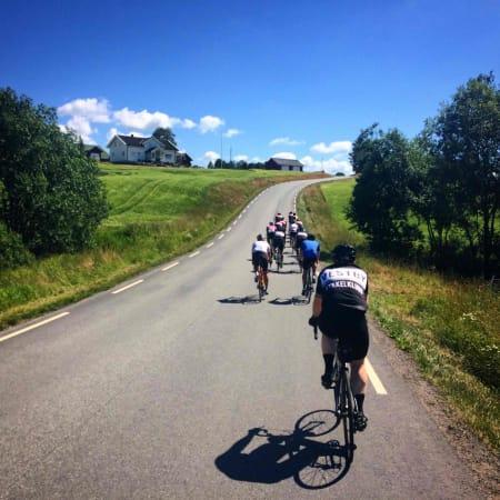 SYKKELMILJØ: I Follo finner du et stort antall syklister og du trenger aldri sykle alene. Foto: Jonas Orset.