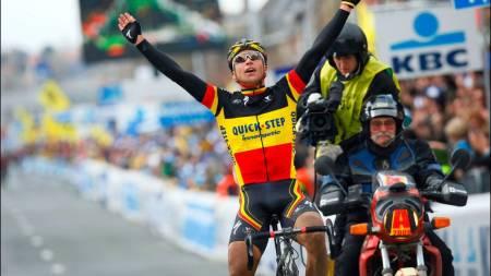 Stijn Devolder vinner Flandern rundt i belgisk mesterskapstrøye