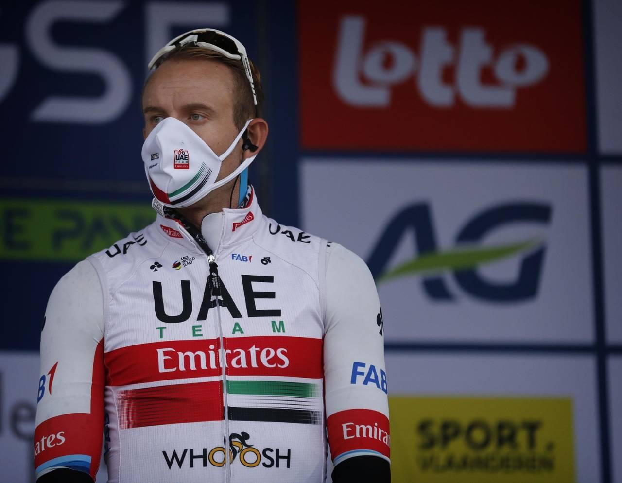 BLE VAKSINERT: Fredag fikk Alexander Kristoff og resten av UAE Team Emirates koronavaksine. FOTO: Cor Vos