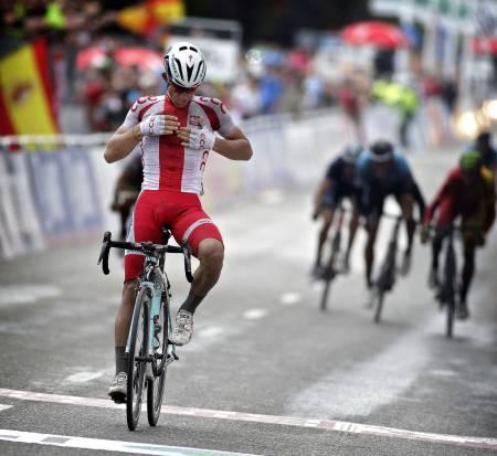 POLSK JUBEL: Michal Kwiatkowski tok sin første seier siden VM i Ponferrada. Foto: Cor Vos.