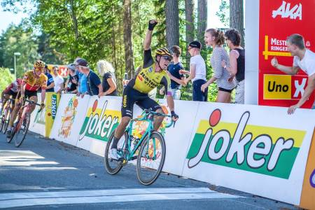 ANDRE SEIER: Grøndahl Jansens NM-gull er hans andre seier som proff, og den foreløpig største. Foto: Pål Westgaard.