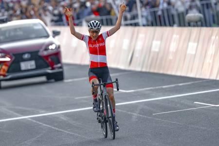Anna Kiesenhofer vant kvinnenes OL-fellesstart i Tokyo